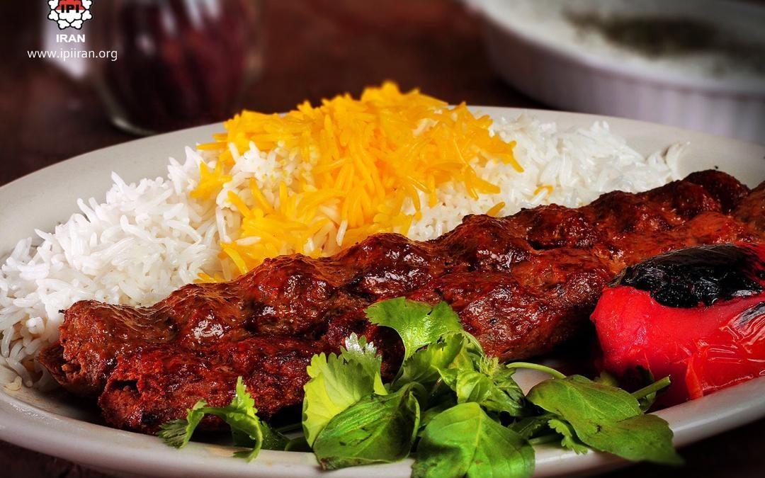 Nikmatnya Kebab Kubide dari Iran